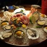 市場近くのおしゃれな空間で豪華海鮮料理に舌鼓を打つ|台北