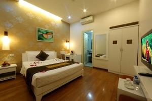 参照:Tu Linh Legend Hotel HP