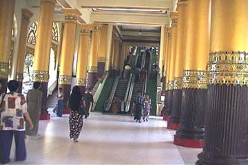 出典:http://www.u-zeekwyet.com/Region/yangon/shwe.htm