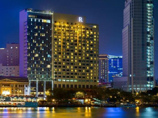 ルネッサンス リバーサイド ホテル