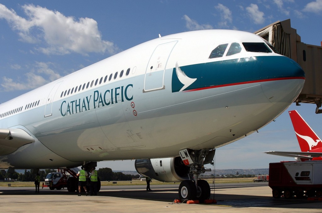 出典:https://commons.wikimedia.org/wiki/File:Airbus_A330-343X,_Cathay_Pacific_Airways_AN0561446.jpg