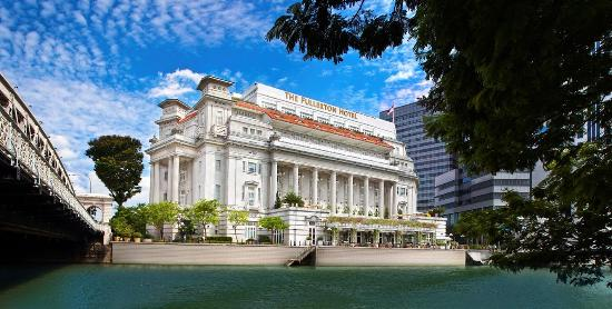 フラートン シンガポール