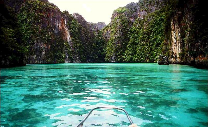 出典:http://www.go4travelblog.com/koh-samui-island-thailand/