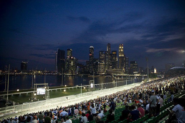 出典:http://f1destinations.com/tickets-singapore-f1-grand-prix/
