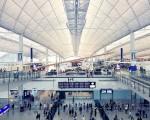 参照:http://www.bergamopost.it/da-vedere/gli-aeroporti-norman-foster-fara-sognare-messico/attachment/hongkong-airport-terminal/