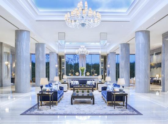 出典:https://www.tripadvisor.jp/Hotel_Review-g298559-d6472946-Reviews-The_Azure_Qiantang_A_Luxury_Collection_Hotel_Hangzhou-Hangzhou_Zhejiang.html