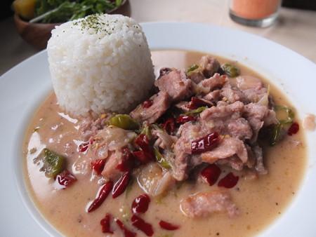 フィリピン 料理 ビーコルエクスプレス