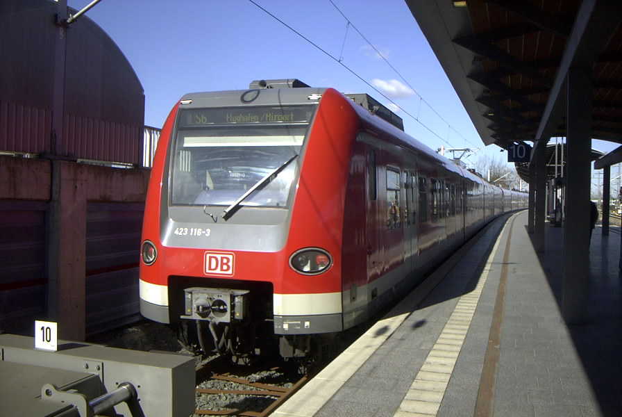 S-Bahn_Hannover_Type_423